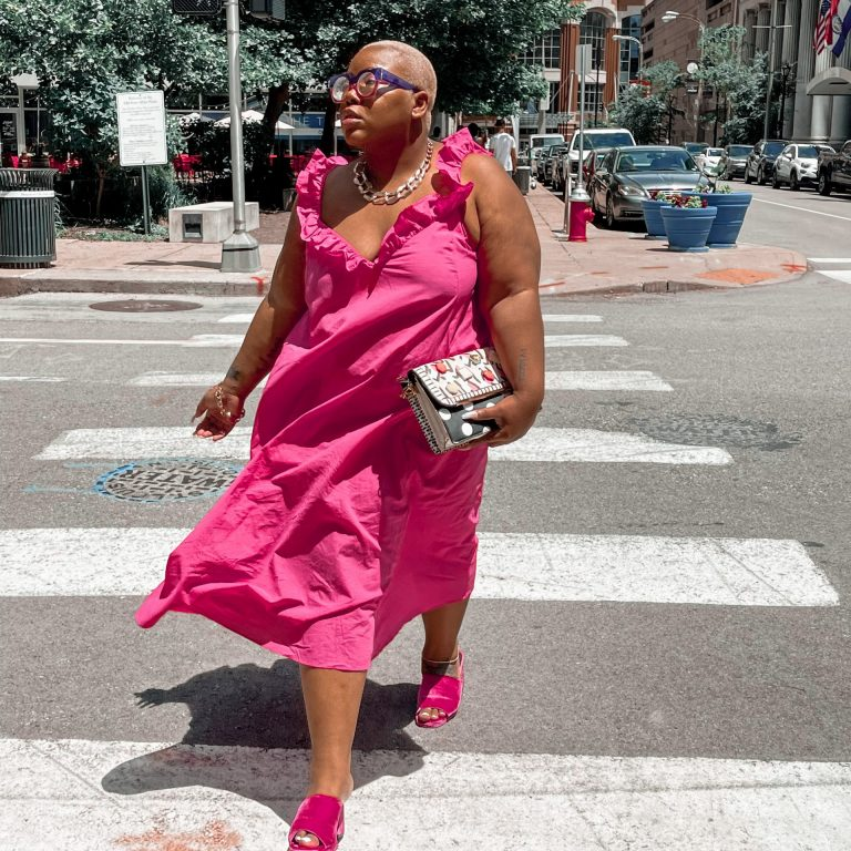 Style Guide: How to Rock Pink for Summer!