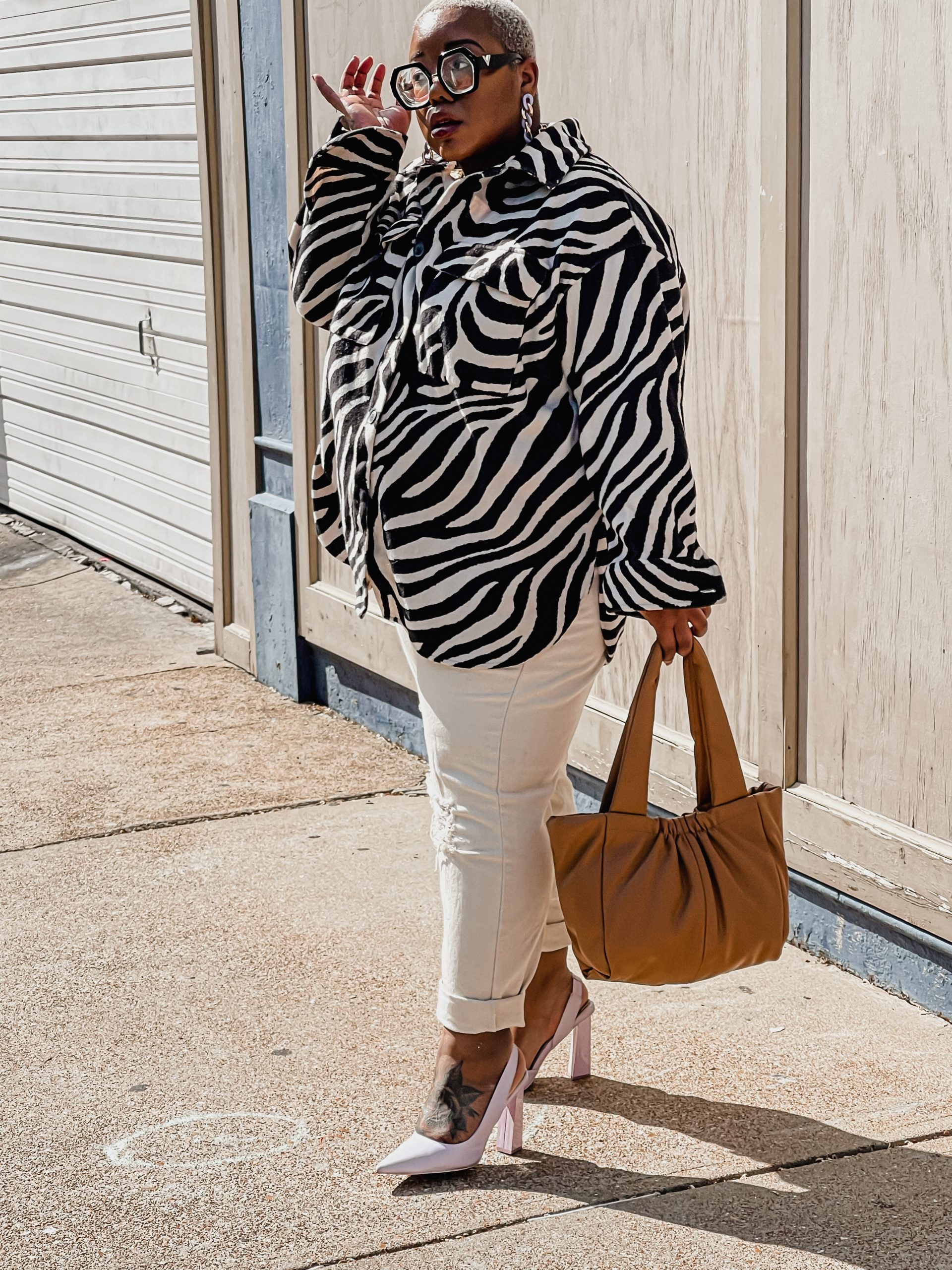 AK Brown Fashion Blogger Style Blogger Fashion Influencer Style Influencer Fashion Stylist Personal Stylist zebra shacket H&M Black fashion blogger